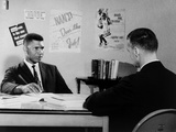 Medgar Evers, NAACP Leader in Mississippi, with Journalist Bill Peters, 1963 Foto