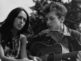 Joan Baez and Bob Dylan Singing at the 1963 Civil Rights March on Washington Foto