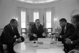 President Lyndon Johnson Meets with Civil Rights Leaders in Jan. 18, 1964 Foto