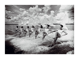 Water Ski Parade Affiches par  The Chelsea Collection