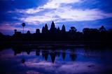 Angkor Wat Sunrise III Reproduction photographique par Erin Berzel
