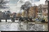 Zwanenburgwal Canal Bedruckte aufgespannte Leinwand von Pep Ventosa