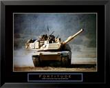 Stärke: Fahrender Panzer Kunstdruck von Jerry Angelica