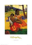 Deux Tahitiennes accroupies Posters par Paul Gauguin