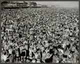 Coney Island, 1945 Posters by Arthur (Weegee) Fellig