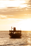 A Dhon, a Traditional Boat, on a Sunset Cruise in the Maldives Reproduction photographique par Jad Davenport