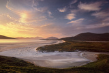 Sunset Illuminates Luskentyre Strand and Its Serpentine Coastline Fotografisk trykk av Jim Richardson