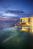 The Outdoor Restaurant at the Viceroy Resort on Vagaru Island Reproduction photographique par Jad Davenport