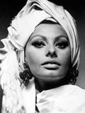 """Sophia Loren. """"Stanley Donen's Arabesque"""" 1966, """"Arabesque"""" Directed by Stanley Donen Fotografie-Druck"""