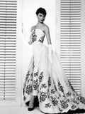 """Audrey Hepburn. """"Sabrina Fair"""" 1954, """"Sabrina"""" Directed by Billy Wilder. Custome by Edith Head Reproduction photographique"""