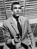 "Sean Connery. ""Doctor No"" 1962, ""Dr. No"" Directed by Terence Young Fotografie-Druck"