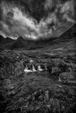 Storm Break Over Glen Brittle Fotografisk tryk af Rory Garforth