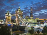 UK, England, London, River Thames, Tower Bridge and the Shard, by Architect Renzo Piano Fotografie-Druck von Alan Copson