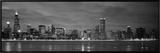 シカゴ - 水に映るビルの光(白黒) 額入りキャンバスプリント : ジェリー・ドリエンドル