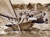 "Crew of the ""Arawatta"" During the ""Eighteen Footer"" Race, Sydney Harbour, 9th April 1934 Premium-Fotodruck"