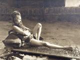 A Fakir of Holy Benares, India, 1907 Fotografisk tryk af Herbert Ponting