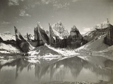 Ice-Needles and Pyramids of the Lower Remo Glacier, Kashmir, 1st January 1915 Reproduction photographique par  Filippo di Filippa