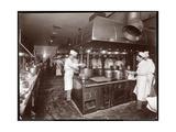 The Kitchen at the Ritz-Carlton Hotel, c.1910-11 Reproduction procédé giclée par  Byron Company