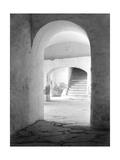 In the Convent of Tepotzotlan, Mexico, 1924 Fotografie-Druck von Tina Modotti