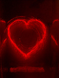 Neon Heart I Fotografie-Druck von Graeme Montgomery