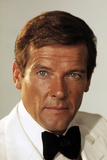 THE MAN WITH THE GOLDEN GUN, Roger Moore, 1974. Photo