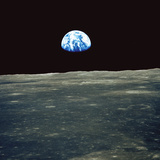 Earthrise Photographed From Apollo 11 Spacecraft Reproduction photographique