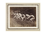 Male Nudes in Standing Tug of War, Outdoors, C.1883 Giclee-trykk av Thomas Cowperthwait Eakins