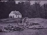 Dead Confederate Gun Crew after Battle of Antietam, 1862 Fotografisk tryk af Alexander Gardner
