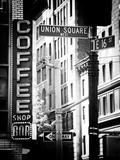 Coffee Shop Bar Sign, Union Square, Manhattan, New York, US, Old Black and White Photography Fotografisk tryk af Philippe Hugonnard