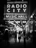 Urban Scene, Radio City Music Hall by Night, Manhattan, Times Square, New York, White Frame Fotografisk trykk av Philippe Hugonnard