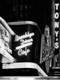 American Brooklyn Diner Cafe at Times Square by Night, Manhattan, NYC, USA Fotografisk trykk av Philippe Hugonnard