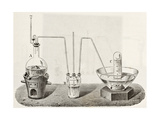 Old Schematic Illustration Of Laboratory Apparatus For Oxygen Production Láminas por  marzolino