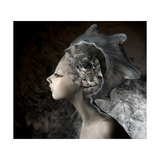 Mermaid Girl In An Unusual Headgear, A Hat Affiches par  Lilun