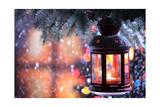 Christmas Lantern With Snowfall,Closeup 高品質プリント :  Sofiaworld