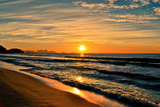 Beautiful Sunrise In The Beach Reproduction photographique par  dabldy