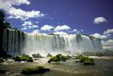 Iguazú Wasserfälle Fotografie-Druck von Neale Cousland