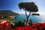 View of the Amalfi Coast from Villa Rufolo in Ravello, Italy Stampa su tela di Terry Eggers