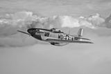 A P-51D Mustang in Flight Near Hollister, California Reproduction photographique
