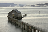 A Former Coast Guard Station on Tillamook Bay Fotografisk trykk av Vickie Lewis
