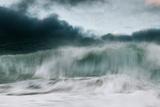 Storm Crashing Fotografisk trykk av David Baker
