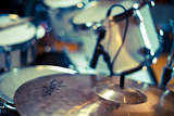 Close Up of Drum Kit with Cymbal and Tom Toms Reproduction photographique par Will Wilkinson