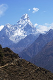 Ama Dablam from Trail Between Namche Bazaar and Everest View Hotel, Nepal, Himalayas, Asia Reproduction photographique par Peter Barritt