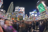 Shibuya Crossing, Crowds of People Crossing the Intersection in the Centre of Shibuya, Tokyo Reproduction photographique par Gavin Hellier