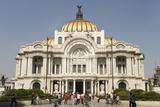Palacio De Belles Artes and Torre Latinoamericana, Mexico City, Mexico, North America Fotografie-Druck von Tony Waltham
