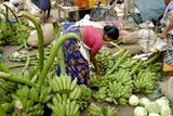 Vegetable Market, Chalai, Trivandrum, Kerala, India, Asia Impressão fotográfica por Balan Madhavan
