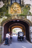 Entrance Gate to the Old Town of Galle Fotografisk trykk av Matthew Williams-Ellis