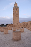 The Koutoubia Minaret Rises Up from the Heart of the Old Medina Next to a Mosque of the Same Name Reproduction photographique par Jean-Pierre De Mann