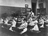 Elementary School Girls Learning Sewing Reproduction photographique