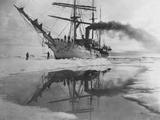Coast Guard Cutter in Antarctica Fotografisk tryk