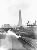 The Fylde Coast Express at Blackpool Central Station Reproduction photographique